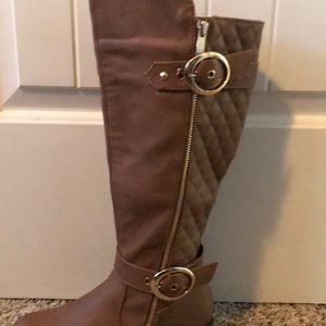Quilted look brown boots- NEW